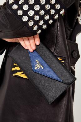 Кожаный клатч с цветной вставкой Prada 4083132