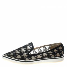 Nicholas Kirkwood Black Mesh and Fabric Alona Houndstooth Emroidered Pointed Toe Loafers Size 40 157446