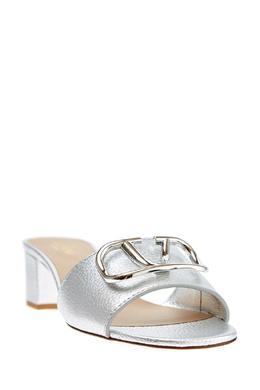 Серебристые шлепанцы на каблуке Valentino Garavani 210136992