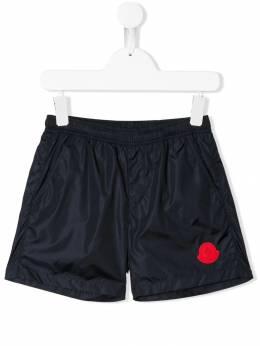 Moncler Kids классические плавательные шорты 007460553326