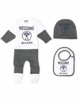 Moschino Kids комплект из комбинезона, шапки и нагрудника MUY02LLDA16