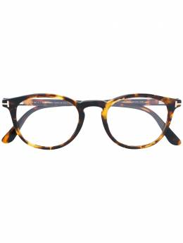 Tom Ford Eyewear очки в округлой оправе TF5401