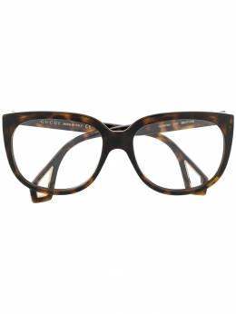 Gucci Eyewear массивные солнцезащитные очки GG0470O
