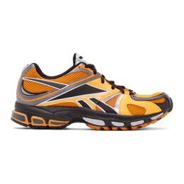 Vetements Orange Reebok Edition Spike Runner 200 Sneakers 192669M23700704GB