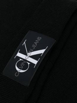 Calvin Klein - комплект из шапки бини и шарфа K5659659553565000000