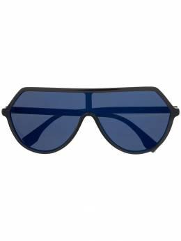 Fendi Eyewear массивные солнцезащитные очки Roma Amor FF0377S