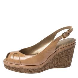 Stuart Weitzman Beige Patent Leather Peep Toe Wedge Sandals Size 40.5 230862