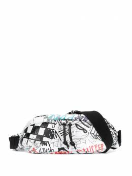 Maison Margiela - поясная сумка с принтом граффити WB6696P0958956663880