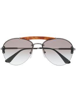 Prada Eyewear солнцезащитные очки-авиаторы черепаховой расцветки SPR62US2990A732