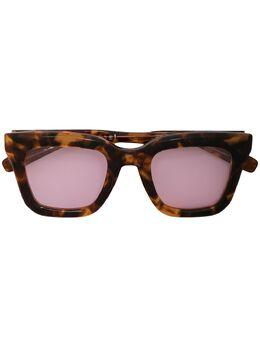 Sacai солнцезащитные очки в прямоугольной оправе черепаховой расцветки NSPL028XT
