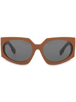 Burberry geometric frame sunglasses 4080812