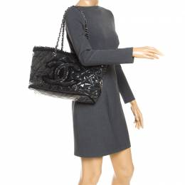 Chanel Black Quilted Vinyl and Tweed CC Tote 247609