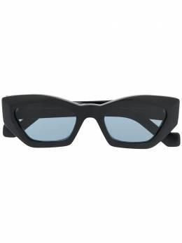 Loewe солнцезащитные очки в оправе 'кошачий глаз' LW40027U