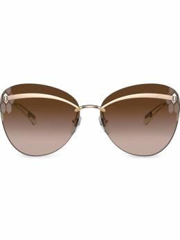 Bvlgari солнцезащитные очки в массивной оправе BV613027813