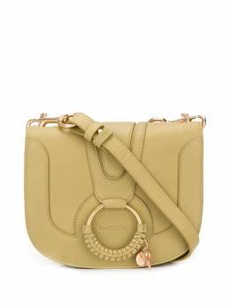 See By Chloe сумка через плечо Hana с подвеской-логотипом CHS17SS896305
